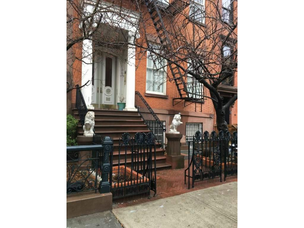 2 Townhouse in Chelsea